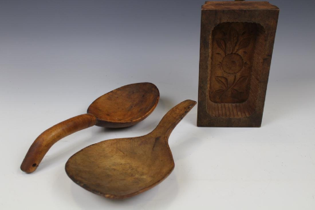 19th C Woodenware - Scoops & Mold
