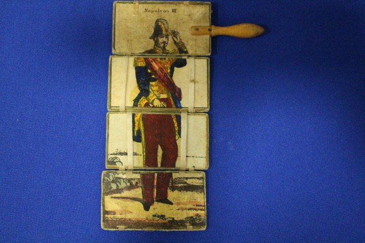 Signed Miniature Painting of Napoleon Wearing Hat - 3