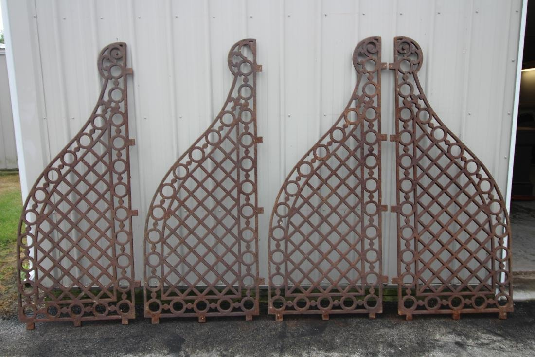 Cast Iron Horse Stable / Stall  Dividers - 1840-60s