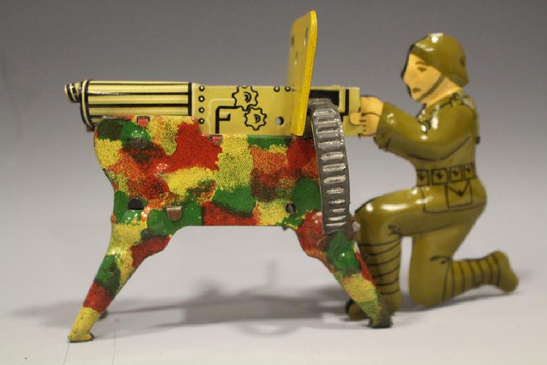 WW I Soldier w/ Machine Gun Tin Wind-up Toy