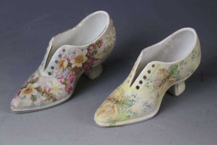Royal Bayreuth Tapestry Shoes