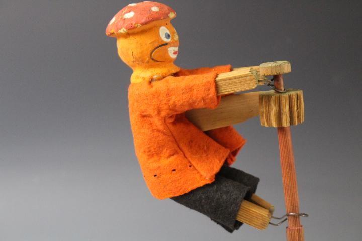 Halloween Wooden Clown Ratcheted Noise Maker