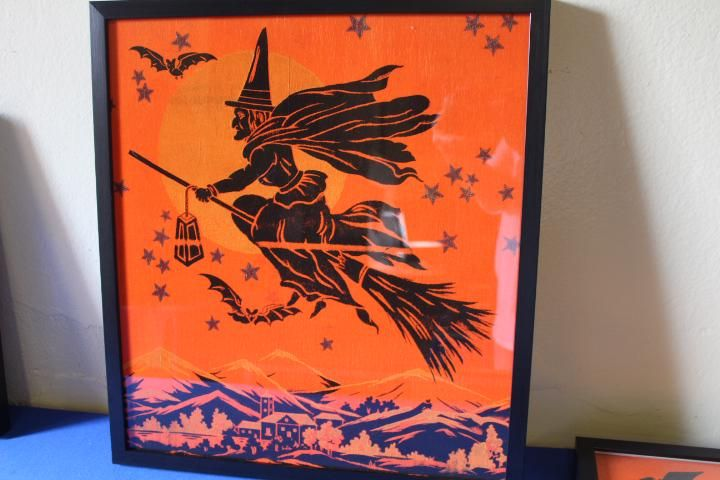 Halloween Crepe Paper Panel Witch on Broomstick