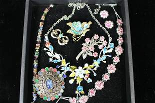 Vintage Costume Rhinestone Jewelry - Pink