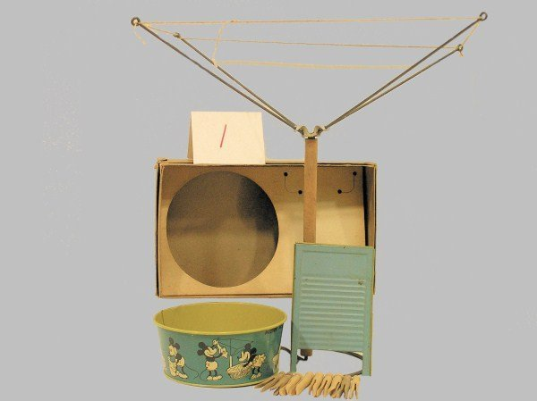 1: 1930s Ohio Art #40 Mickey Mouse Laundry Set Toy