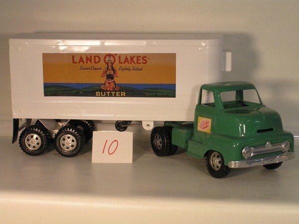 10: 1950s Ohio Art Buckeye Land O'Lakes Refrigerator Tr