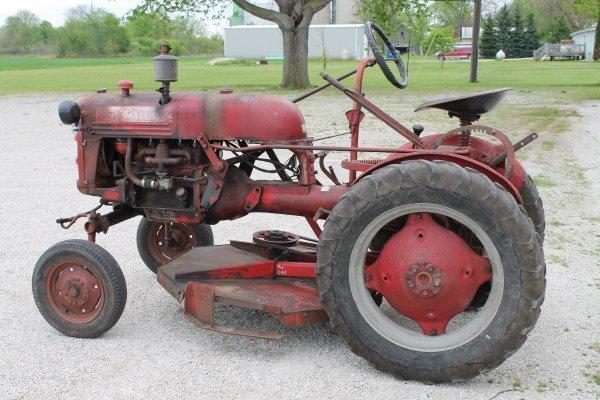 1947 Farmall Cub Tractor