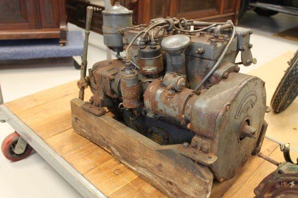 Gray Marine Engine Inboard Boat Motor & Velvet Drive Ma