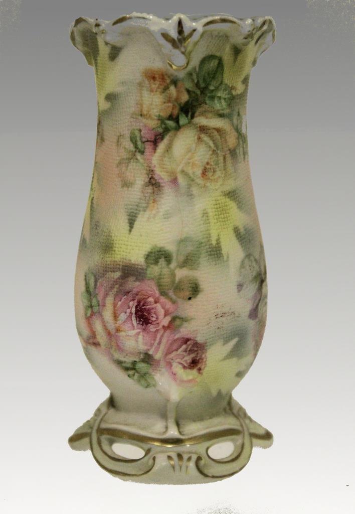 Rose Royal Bayreuth Hatpin Holder
