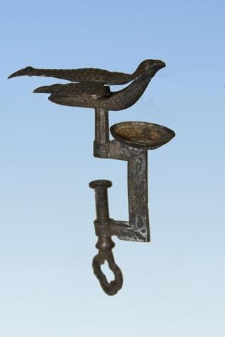 Child's Pincushion Sewing Bird Clamp
