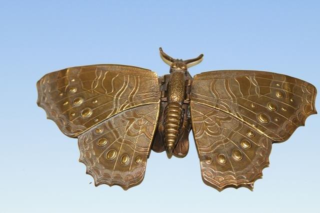 W. Avery Redditch Butterfly Needle Case