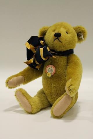 1989 Steiff Limited Edition Petsy Bear