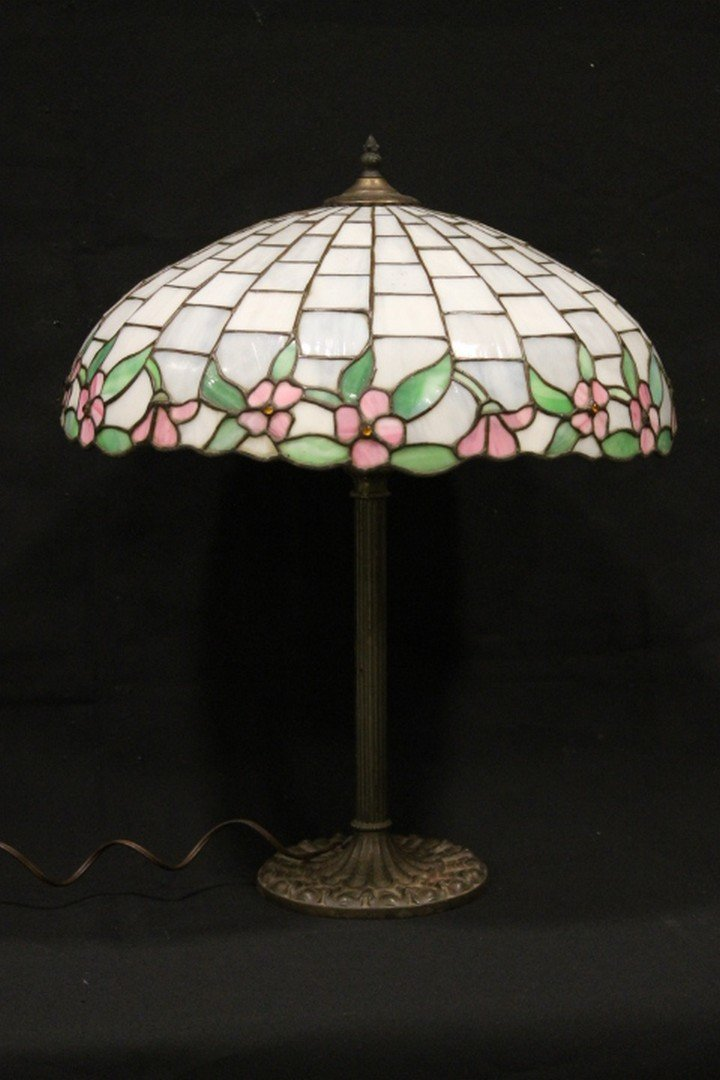 Art Glass Table Lamp - Leaded Glass Shade