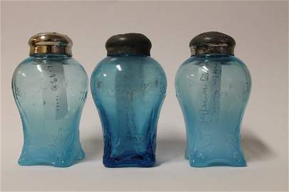 Victorian Swag with Brackets Salt Shakers
