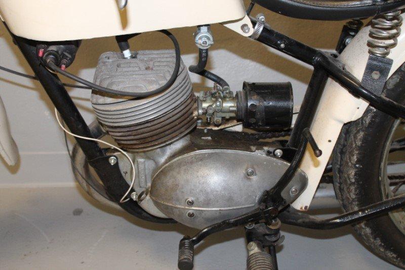 Harley Davidson Motorcycle 1960 Teleglide - 3