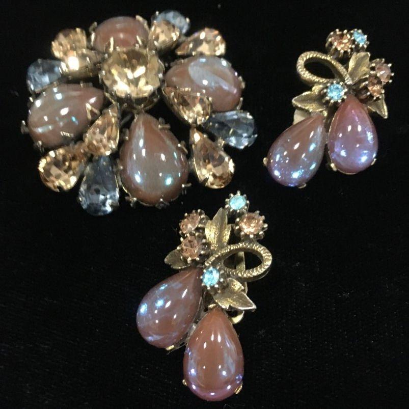 Regency Pin & Saphiret Earrings Florenza