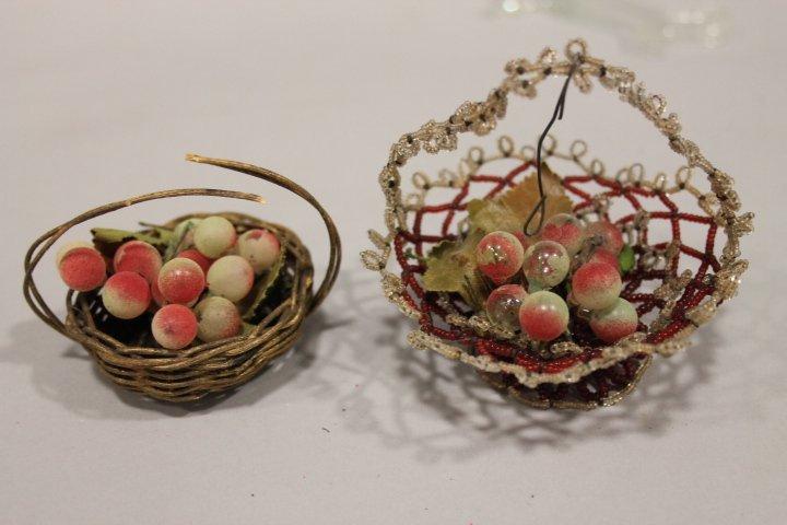 Christmas Ornament - Baskets w/ Glass Fruit