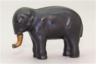 CI Elephant wSwivel Trunk Bank