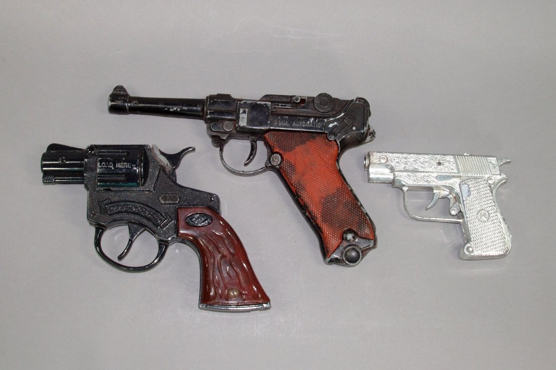 "1: Lot of 3 Toy Cap Guns:  ""Luger""; ""K"" ; ""H"" - PM"