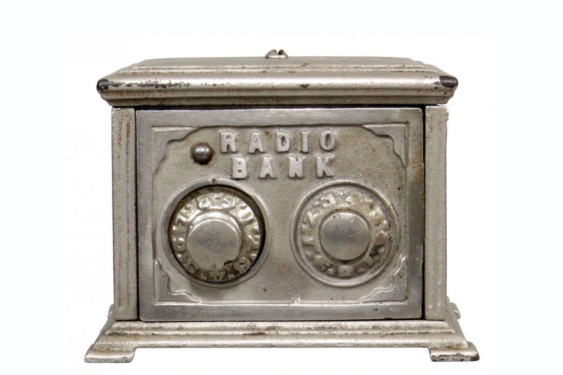 """CI and Tin """"Radio Bank"""""""