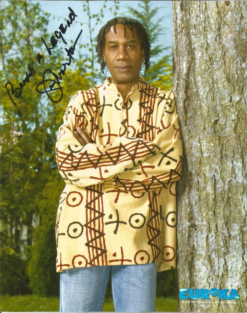 Joe Morton signed 10 x 8 colour Eureka Portrait Photo,
