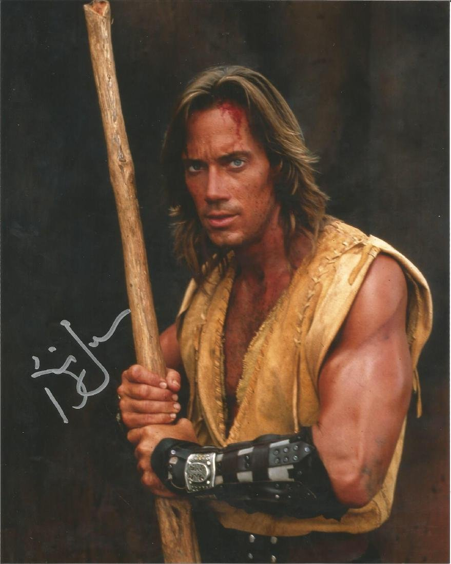 Kevin Sorbo Hercules hand signed 10x8 photo. This