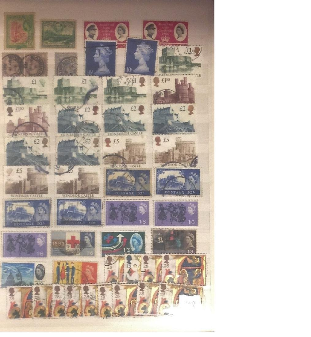 Worldwide stamp collection stored in red stockbook 22