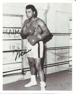 Muhammed Ali signed 10x8 b/w photo. Good Condition. All
