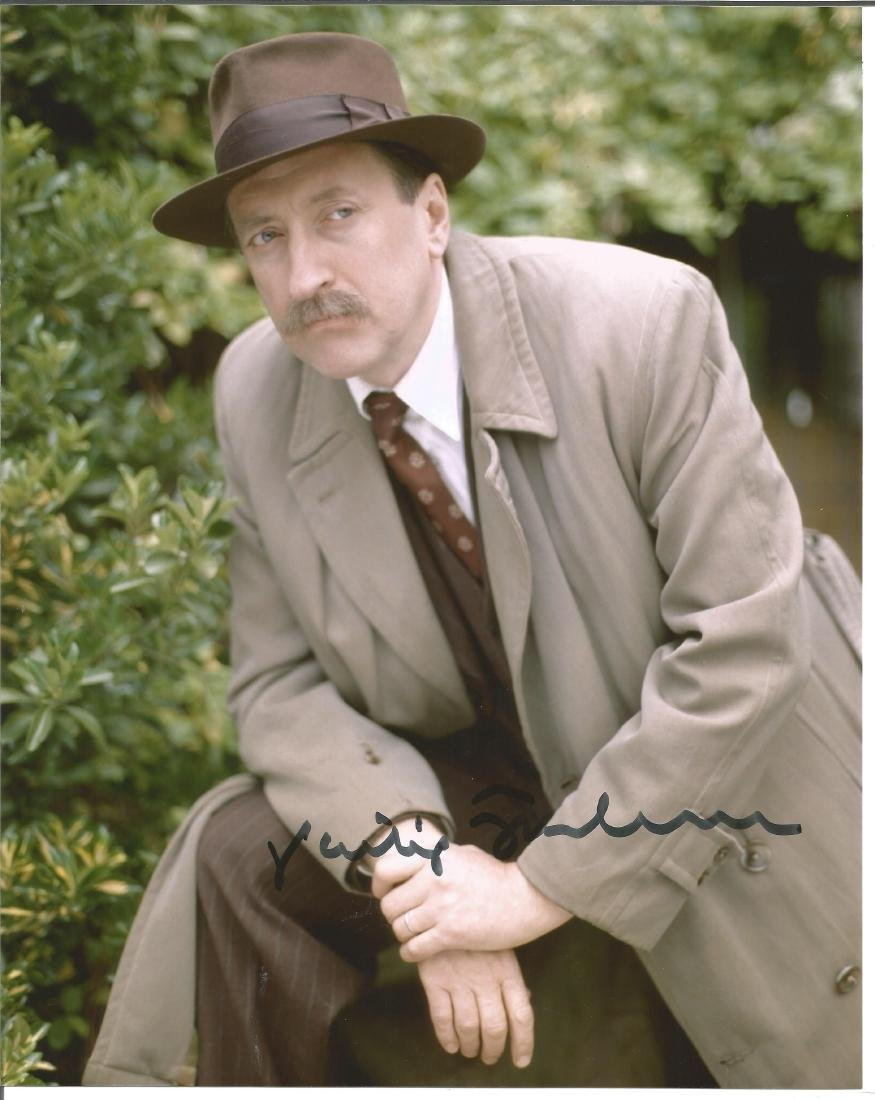 Philip Jackson signed 10x8 colour photo from Poirot.
