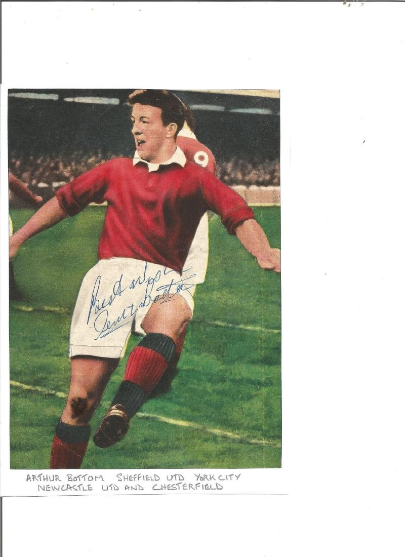 Arthur Bottom signed 8x6 colour magazine photo.