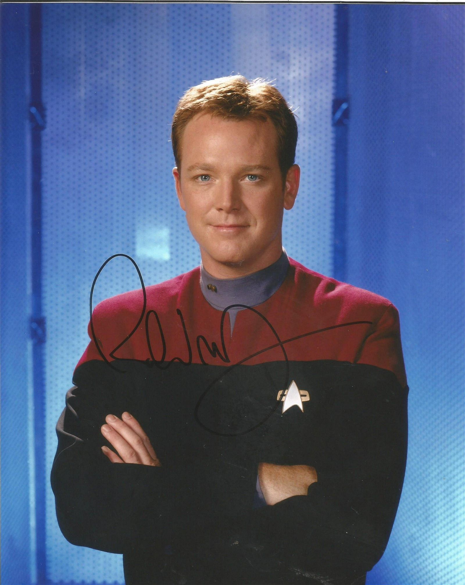 Movies and TV Robert Duncan McNeill signed 10x8 Star
