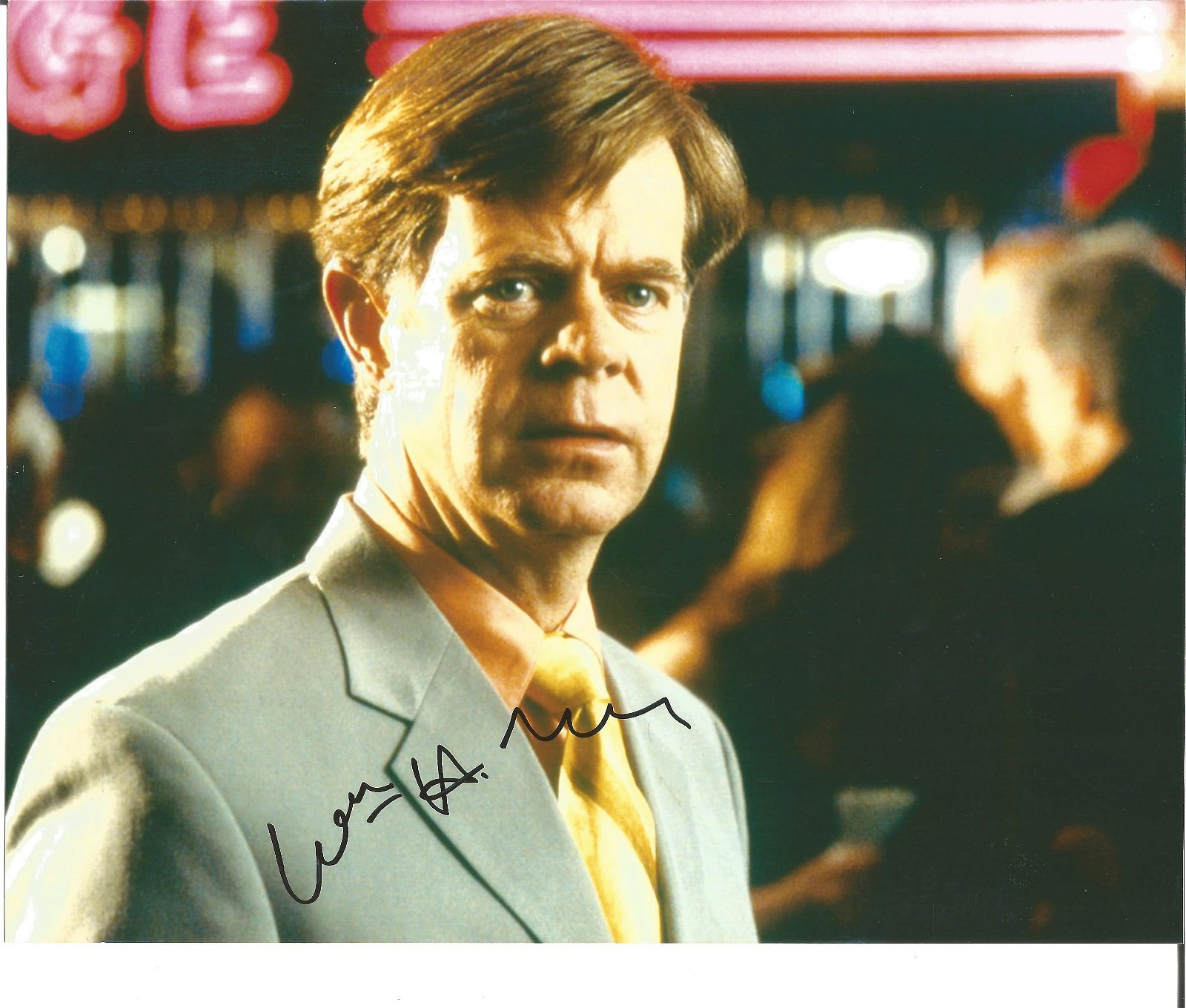 William H Macy signed 10 x 8 colour Photoshoot