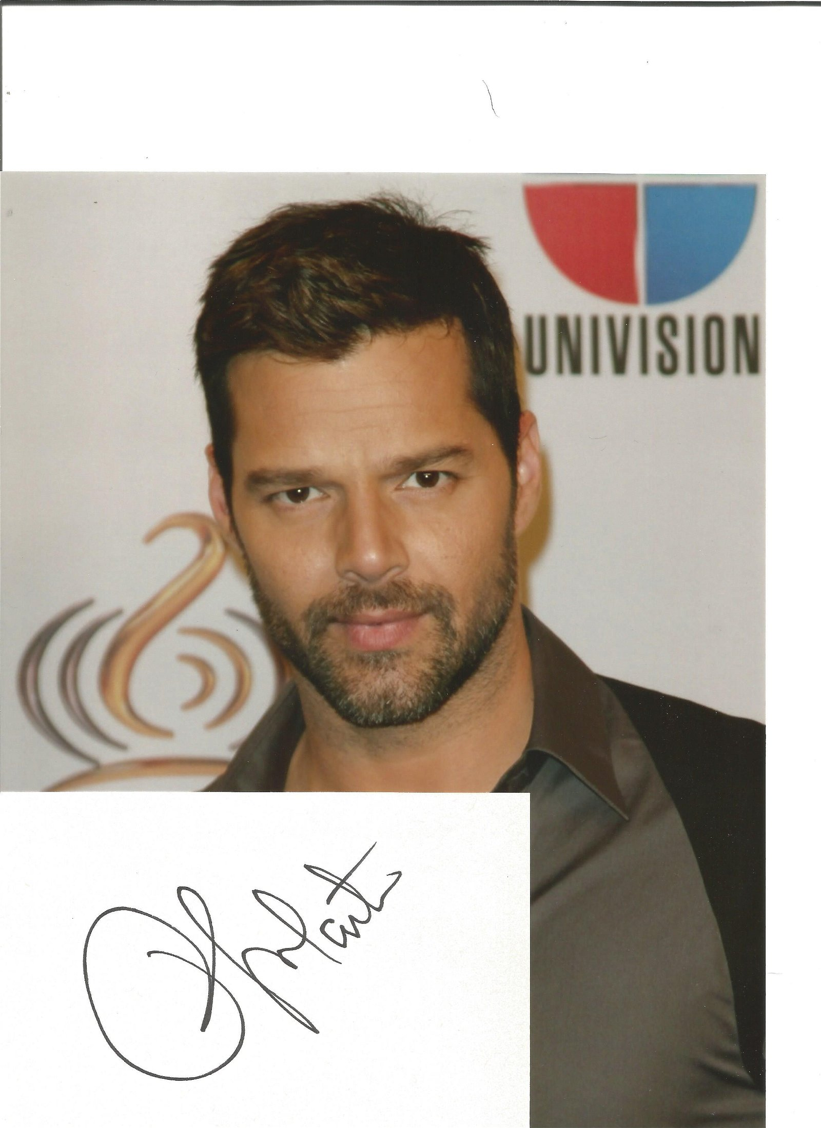 Ricky Martin signed white card with 10x8 colour photo.