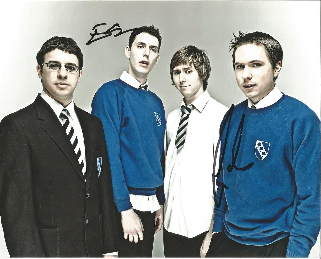 Inbetweeners signed 10x8 colour photo signed by Simon