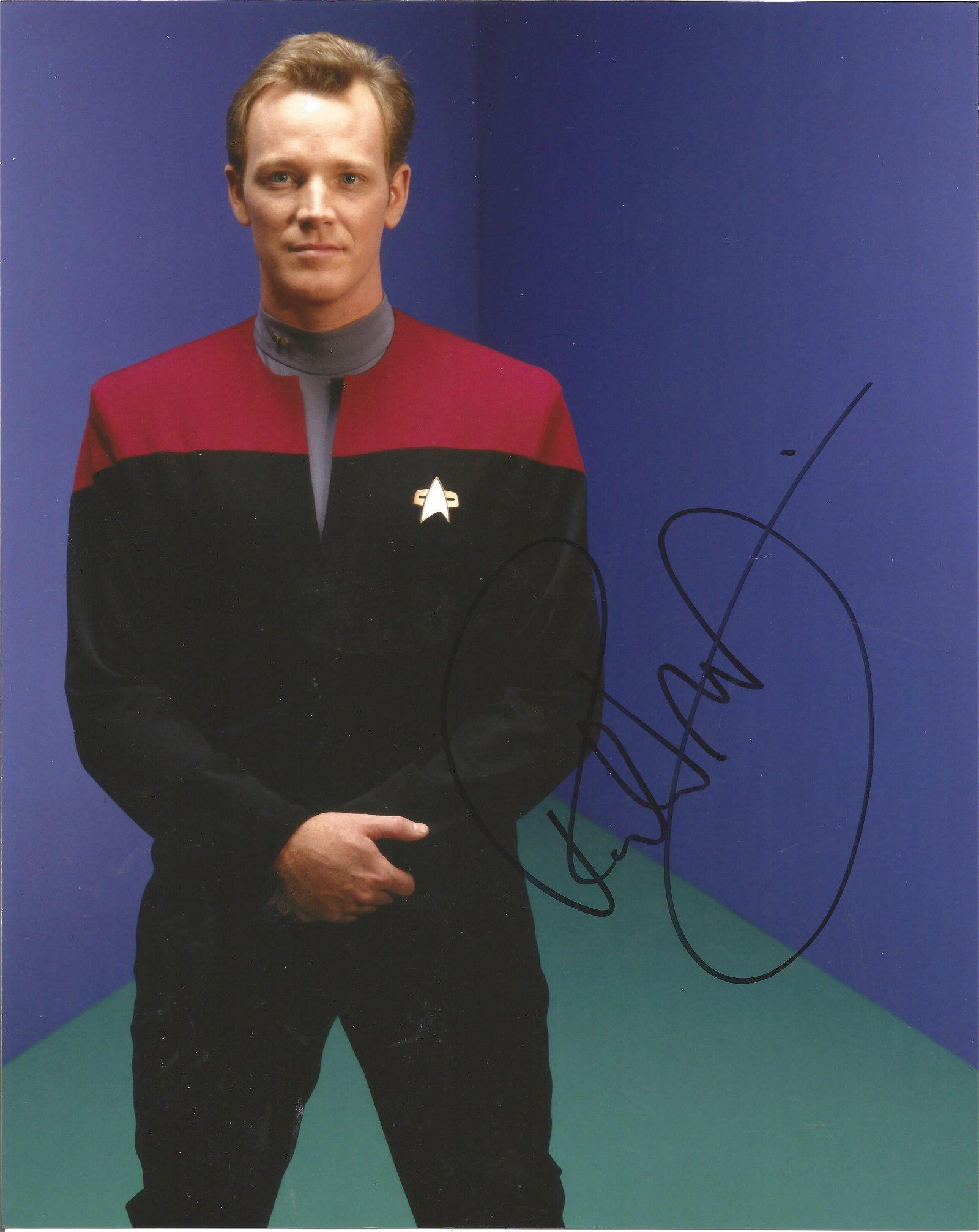 Star Trek Robert Duncan McNeill signed 10x8 colour
