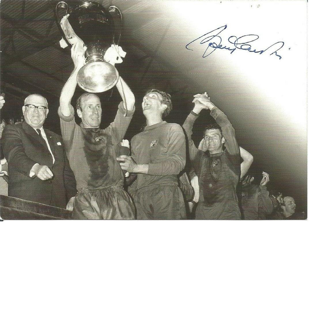 Sir Bobby Charlton signed 6x4 commemorative card with