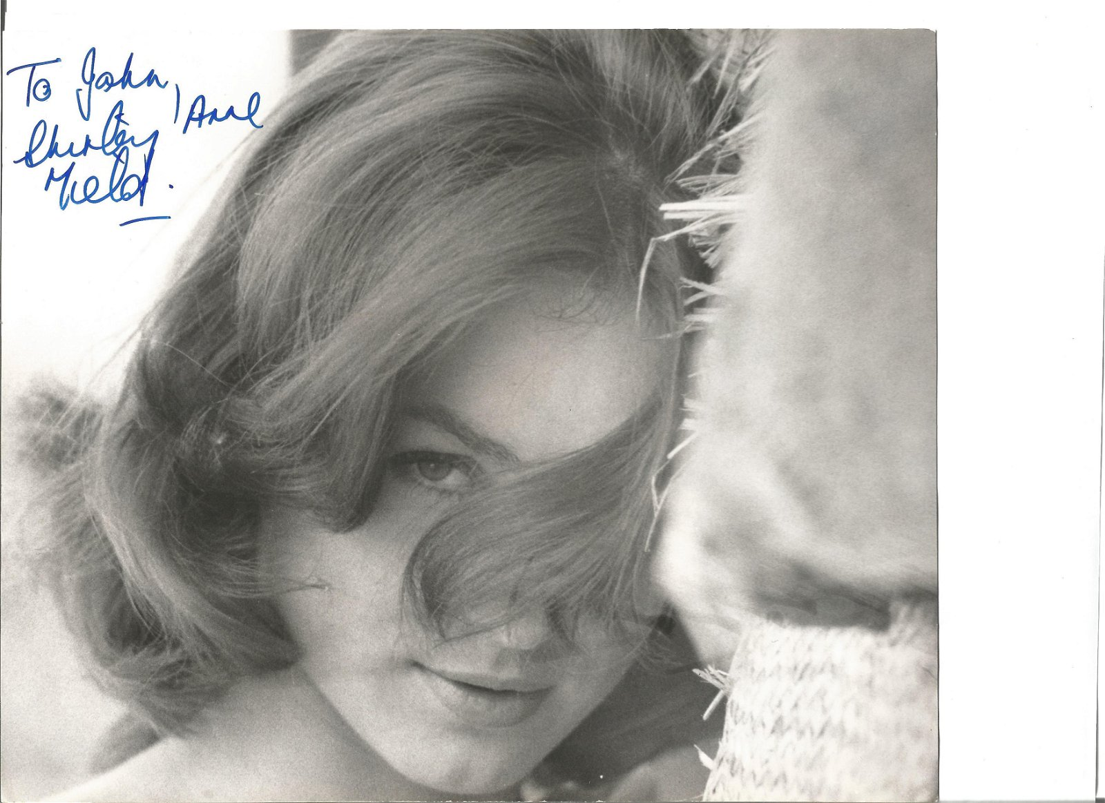 Shirley Anne Field signed 10x8 black and white photo.