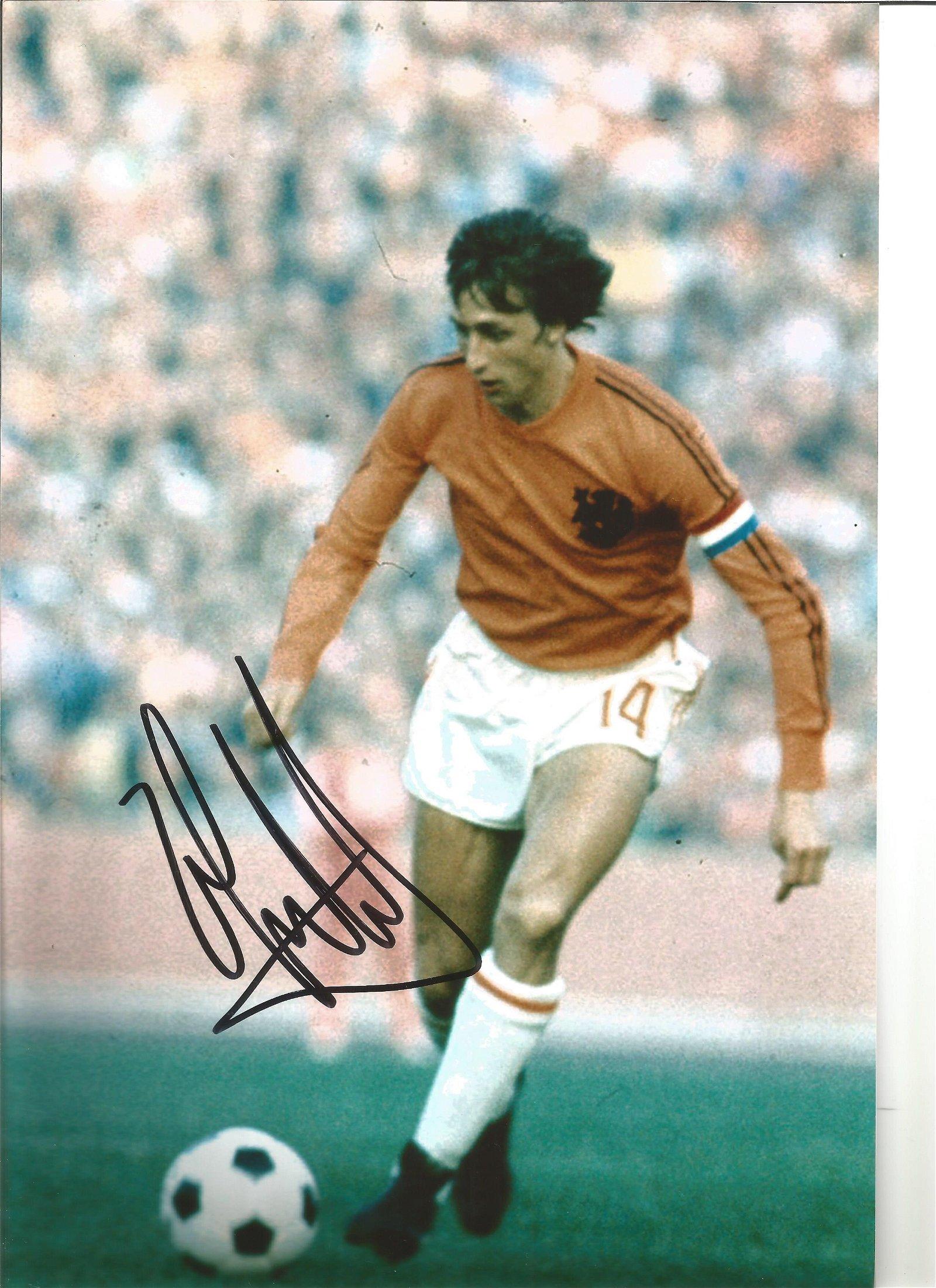 Johan Cruyff Holland Signed 12 x 8 inch football photo.