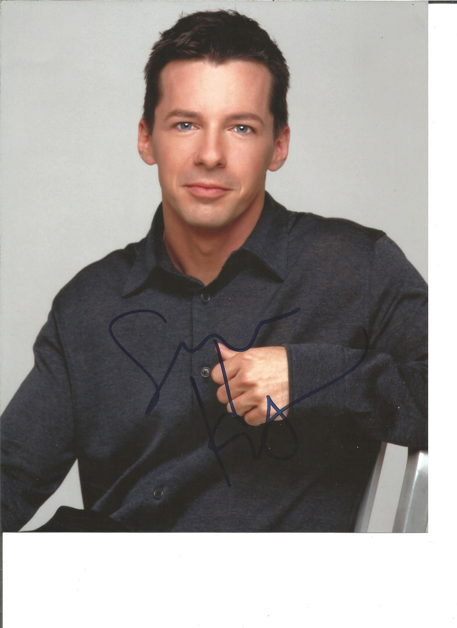 Sean Hayes signed 10x8 colour photo. Good Condition.