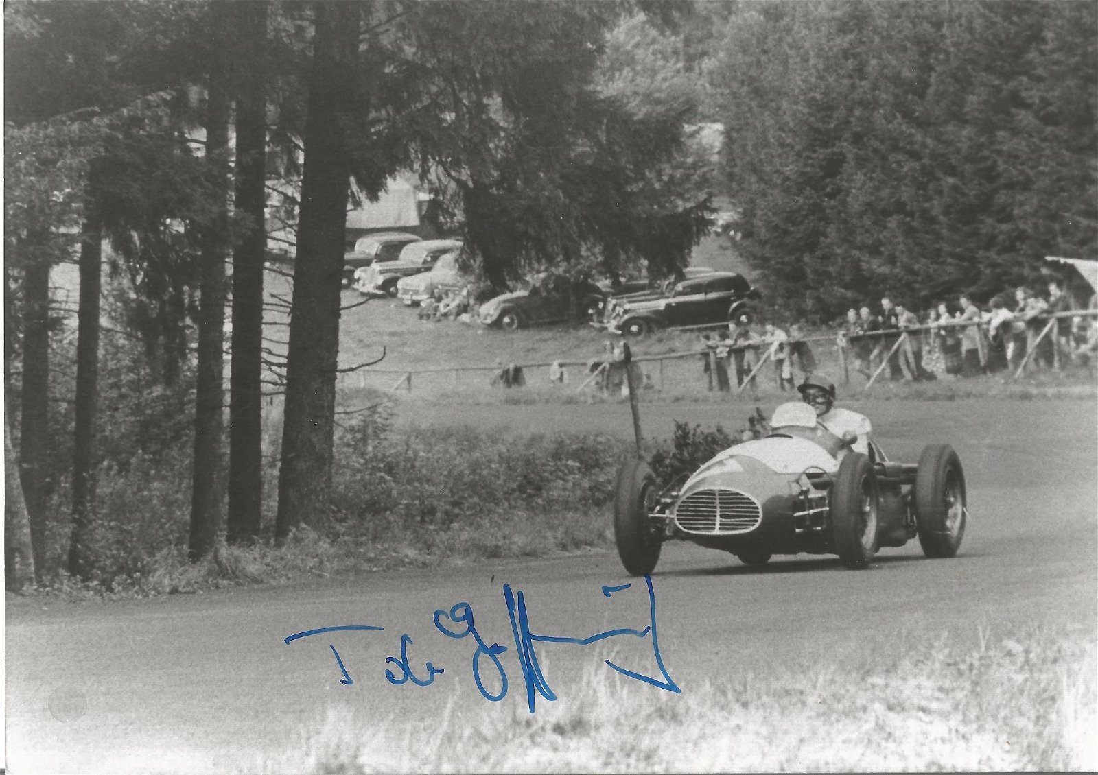 Motor Racing Toulo de Graffenried signed 5x7 black and