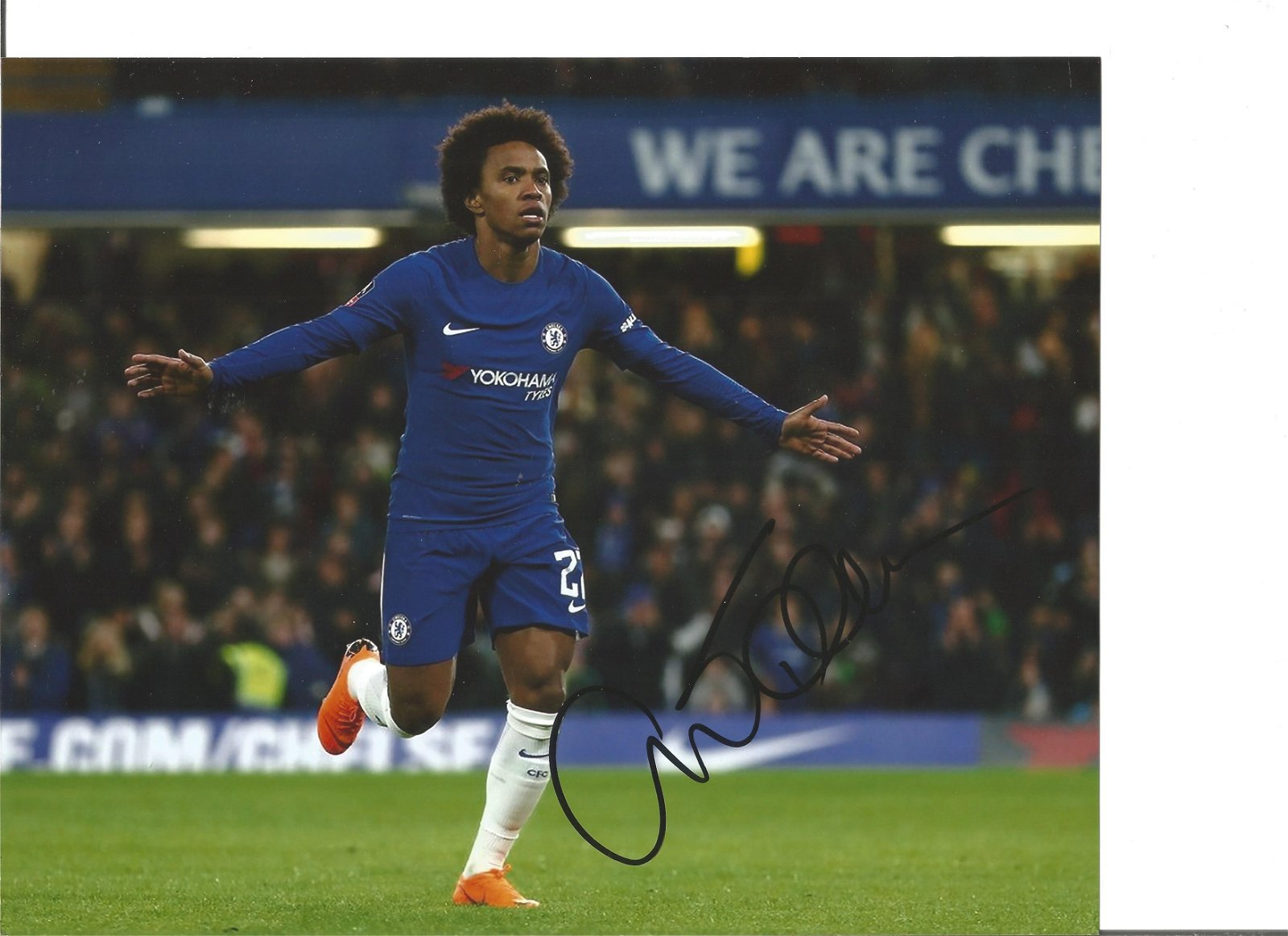 Willian Signed Chelsea 8x10 Photo. Good Condition. We
