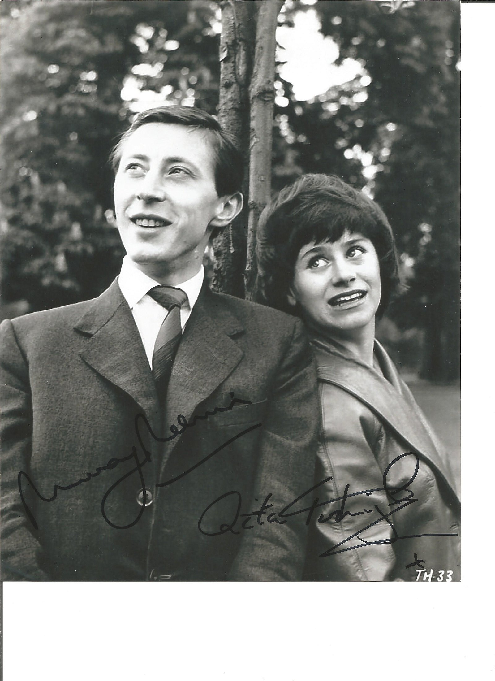 Murray Melvin and Rita Tushingham signed 10x8 black and