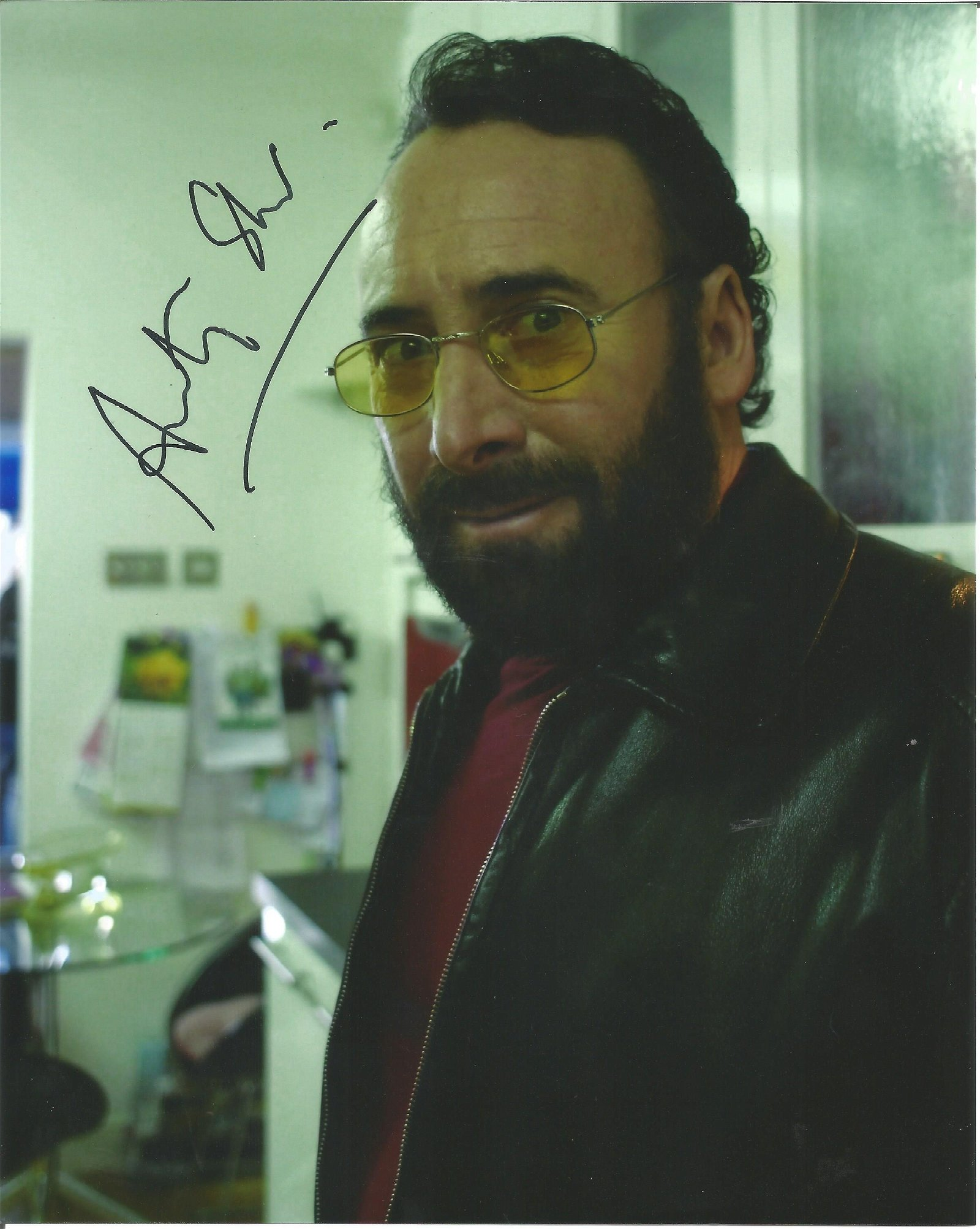 Anthony Sher Actor Signed 8x10 Photo . Good Condition.