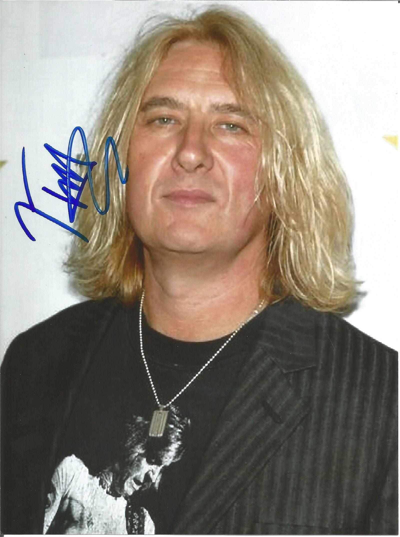Joe Elliott Def Leppard Singer Signed 5x7 Photo . Good