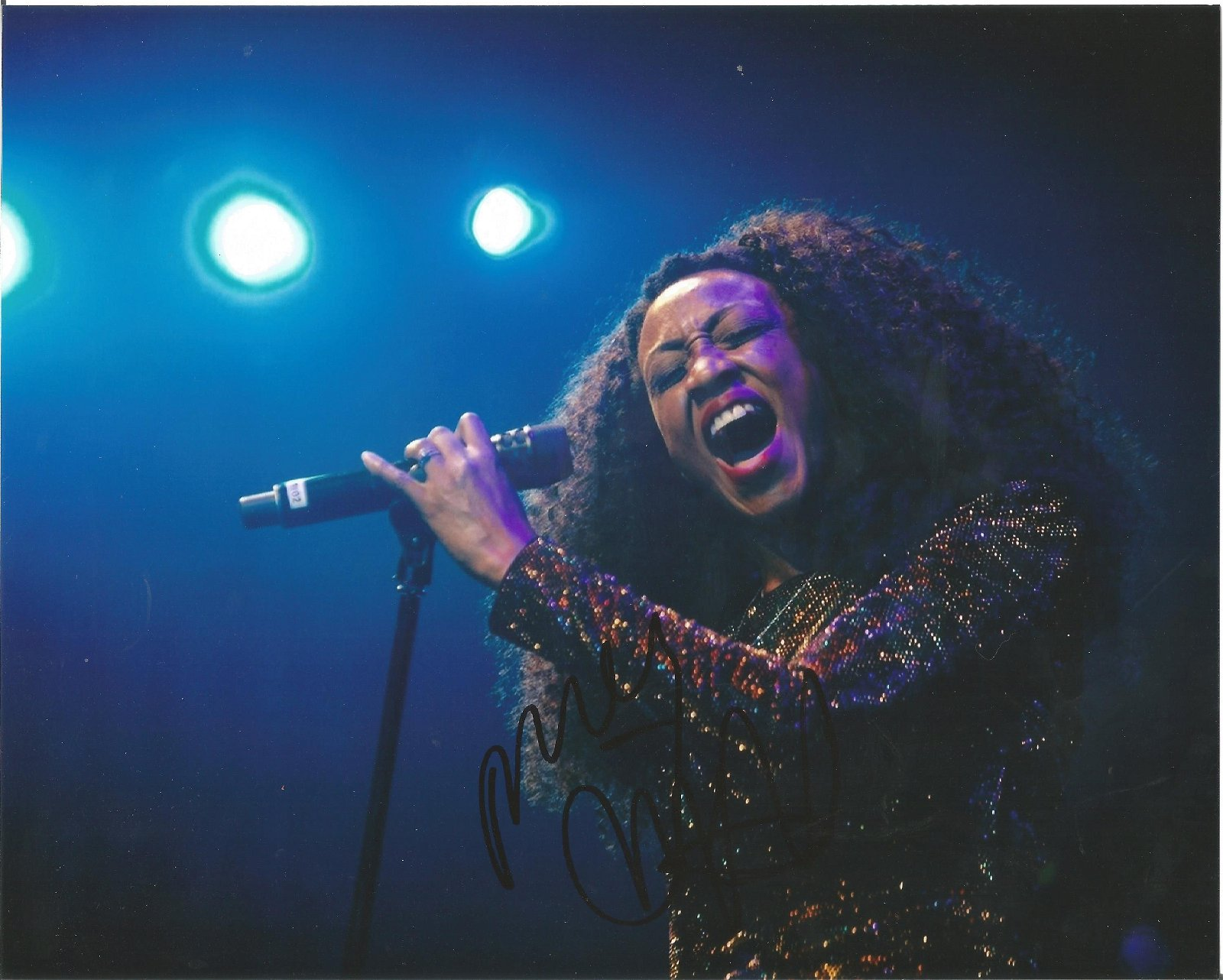 Beverley Knight Singer Signed 8x10 Photo . Good