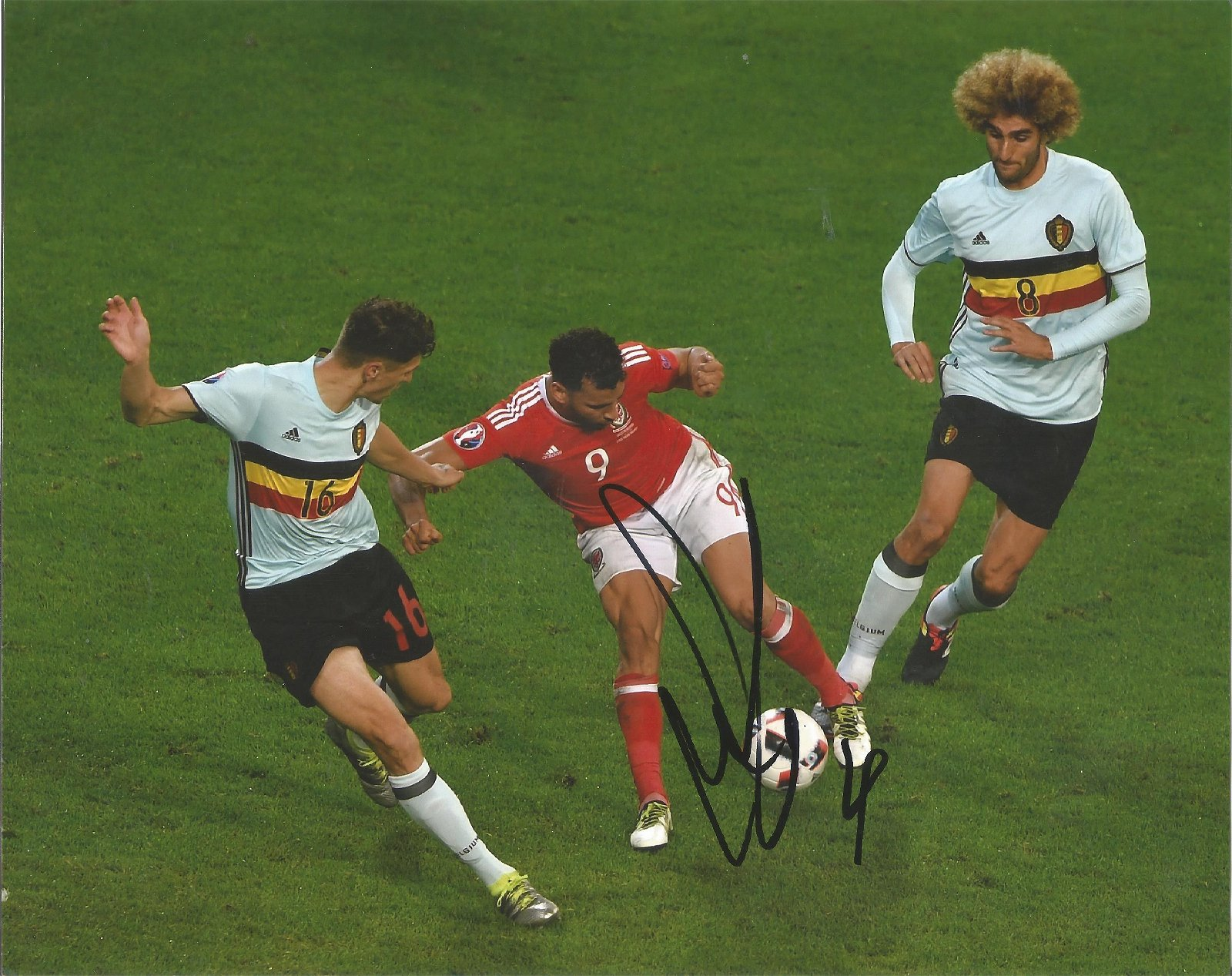 Hal Robson Kanu Signed Wales 8x10 Photo . Good