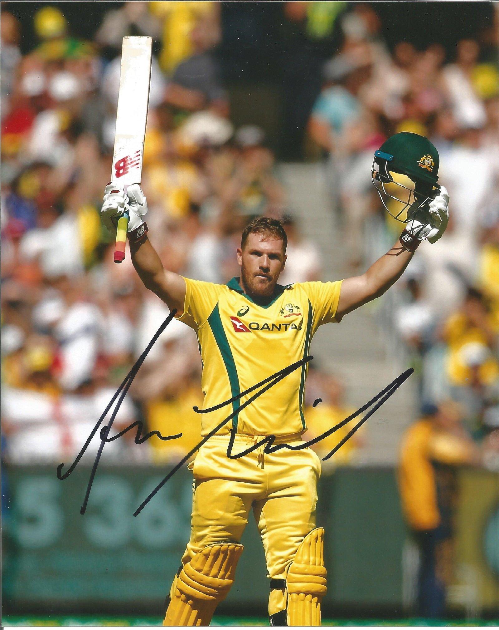 Aaron Finch Signed Australia Cricket 8x10 Photo . Good