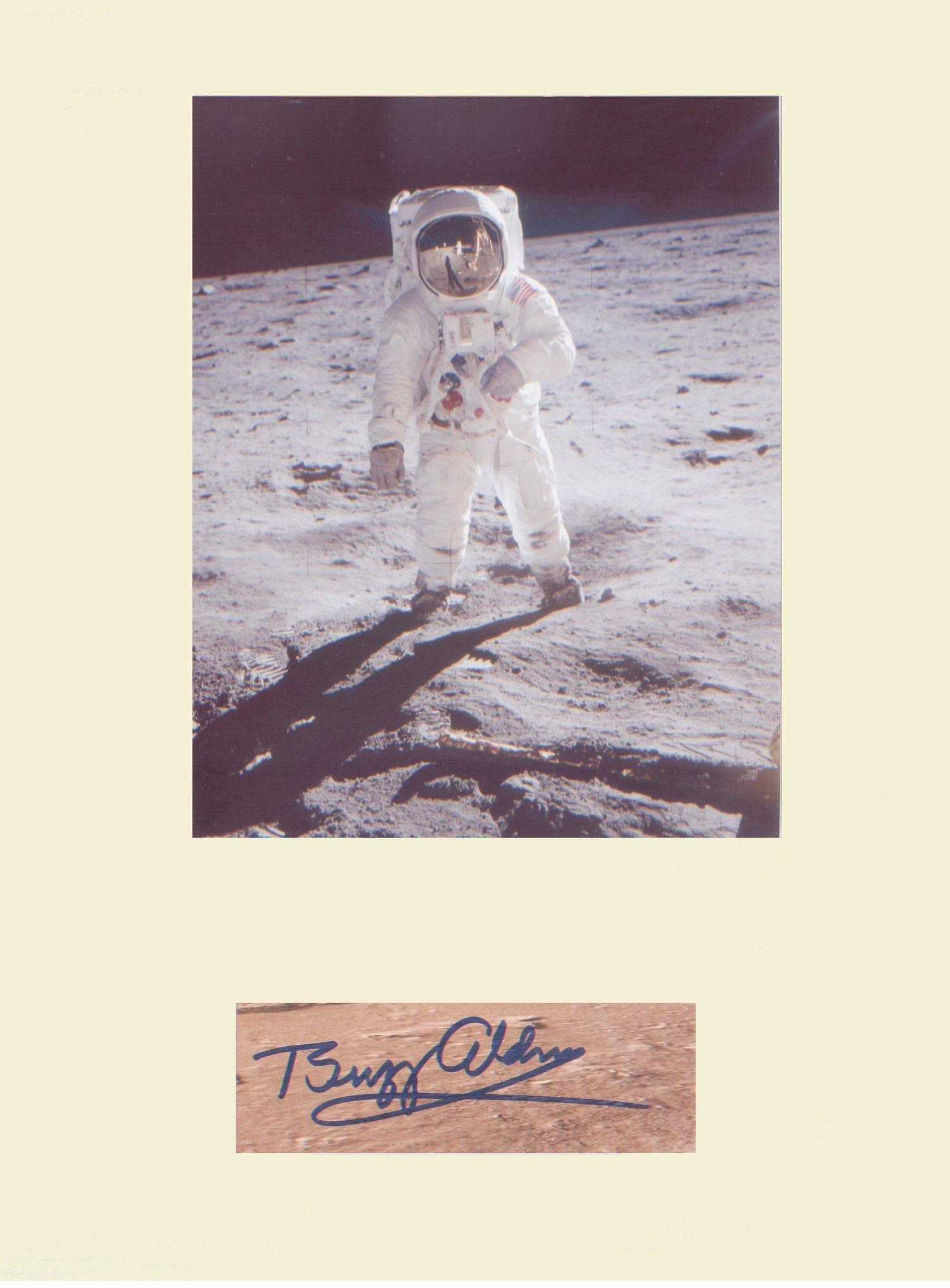 Apollo11 Astronaut Buzz Aldrin. Signature mounted with