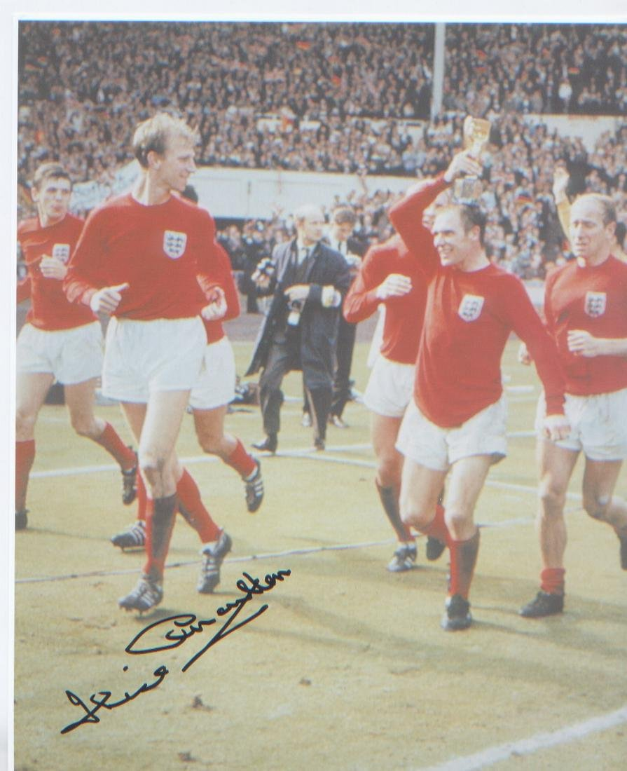 Jack Charlton signed 10 x 8 inch photo of World Cup