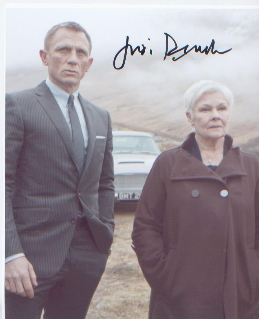 James Bond Judi Dench. 10x8 sized picture of Dame Judi